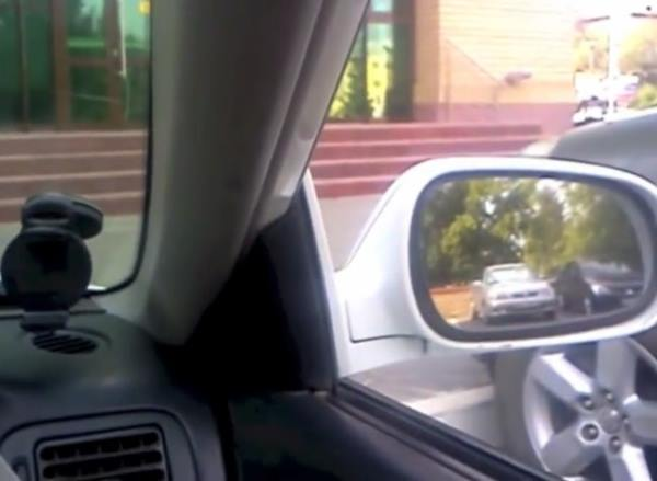 Настройка боковых зеркал в автомобиле