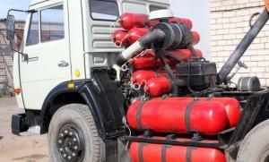 Фото грузовика с баллонами метана